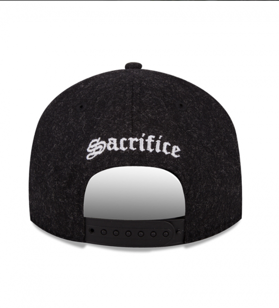 Snapback New Era x Sacrifice - Black Room